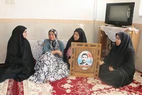 دیدار با خانواده شهید نوجوان در بیارجمند