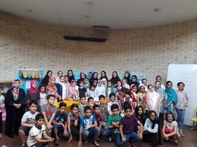 جشن تولد خانم شاعر در کانون ۳ تهران برگزار شد