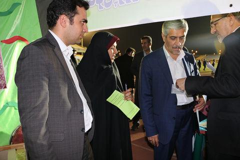 بازدید نماینده مجلس و فرماندار سمنان از پویش فصل گرم کتاب