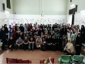 برنامه ادبی دوپنجره با حضور جمالالدین اکرمی در مرکز شماره ۳ کانون زنجان