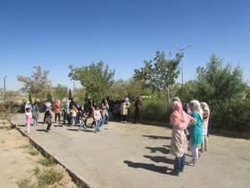 اردوی اعضای کانون قاین در دهکده طلای سرخ