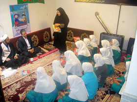 امام جمعه چاراویماق با کودکان و نوجوانان عضو کانون دیدار کرد