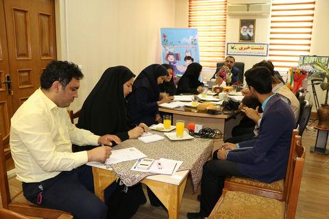 تبیین برنامههای هفته ملی کودک و جشنواره قصهگویی در کانون سمنان