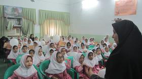 روز شاد کلاس اولیها در مرکز فرهنگی هنری بندرلنگه