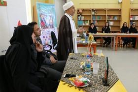 نشست تخصصی با محوریت پرورش خلاقیت در کودکان  و نوجوانان همزمان با هفته ملی کودک کانون پرورش فکری کودکان و نوجوانان چهار محال و بختیاری