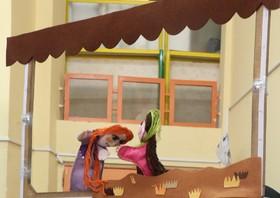 نمایش «گل اومد، بهار اومد» در کانون فارس در حال اجراست