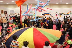 یک عصر پرنشاط در سومین روز از نمایشگاه هفته ملی کودک