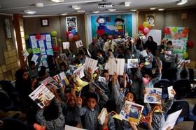 گردهمایی کودکان دوستدار کتاب برگزار شد/آینده را با کتاب باید ساخت