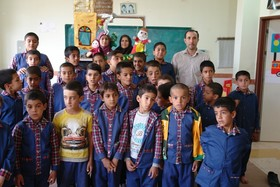 اجرای تئاتر کوچک در مناطق محروم استان چهار محال و بختیاری توسط بخش هنرهای نمایشی کانون پرورش فکری کودکان و نوجوانان