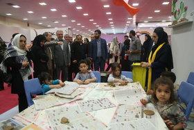 بازدید معاون رییس جمهور از نمایشگاه هفته ملی کودک در کانون