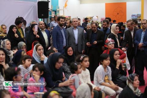 بازدید مسئولان کشوری و اهالی فرهنگ و هنر از نمایشگاه هفته ملی کودک