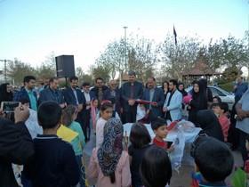 اولین جشنوارهی بادبادکها در شهرتفت یزد برگزارشد