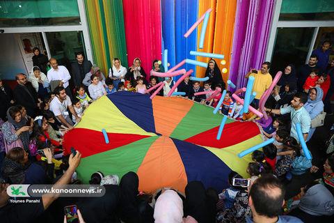 شادی کودکان بیسرپرست در نمایشگاه هفته ملی کودک