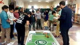 برگزیدگان هشتمین دوره مسابقات رباتیک شرق گلستان تجلیل شدند