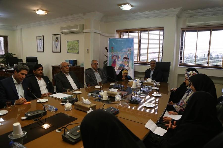 دیدار اعضای کانون فارس با استاندار