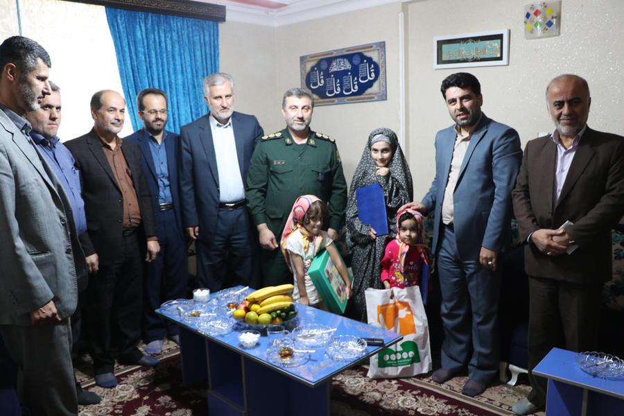 تجلیل کانونی ها از خانواده شهید گیلانی مدافع حرم