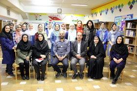 بازدید مدیر کل کانون تهران از تمرین سرود خوانی مرکز  شماره ۴۳