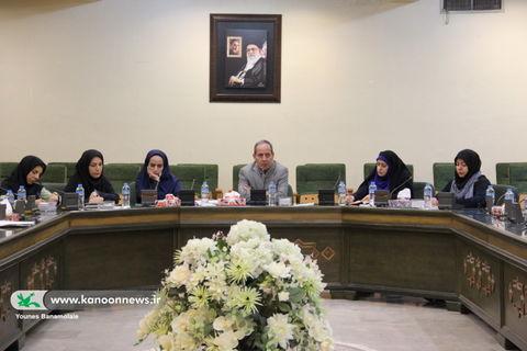 نشست هماندیشی مربیان هنری مراکز کانون تهران برگزار شد