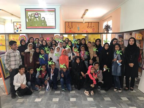 جشن هفتهی کتاب و کتابخوانی در مراکز فرهنگی هری سیستان و بلوچستان
