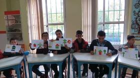 بازدید کودکان توان یاب از تنها کتابخانه فراگیر کانون البرز