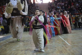 حرکتهای نمایشی عروسکهای ایران شادیبخش کودکان کرمانشاهی