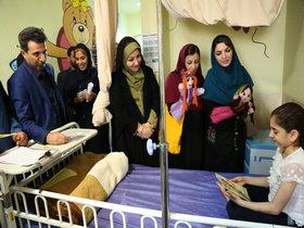 به بخش تخصصی کودکان بیمارستان شهدای خلیج فارس بوشهر کتاب اهداء شد.
