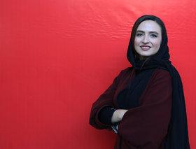 گلاره عباسی همراه با کودکان بیسرپرست به جشنوارهی اسباببازی آمد