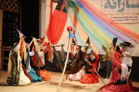 نمایش بیش از یکصد عروسک آیینی در مهرواره «بوکهبارانه»