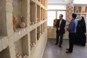 بازدید مدیر کل از نمایشگاه صلح مرکز سوفار تهران