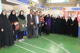 بازدید کانونیهای سمنان از نمایشگاه کتاب استان