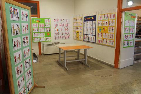 نمایشگاه آثار هنری کودکان و نوجوانان با نیازهای خاص در مرکز شماره 1 فراگیر کانون تبریز