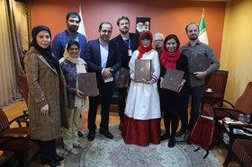 دیدار مدیرعامل و مدیرکل روابط عمومی و امور بینالملل کانون با میهمانان خارجی جشنواره قصهگویی