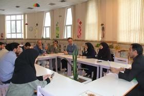 نشست حوزهای مربیان کتابخانههای سیار و پستی
