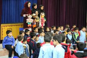 استقبال از اجرای نمایش «یه مردی بود حسینقلی» دربوشهر