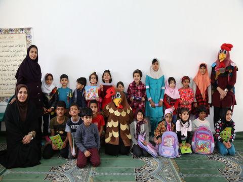 اجرای ویژه برنامه های شاد و جذاب برای فرزندان زندانیان