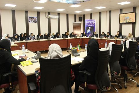 نشست ادبی دوپنجره در کانون پرورش فکری سیستان و بلوچستان برگزار شد