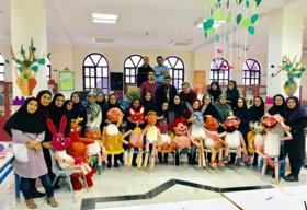 کارگاه آموزشی  سه روزه ساخت عروسک های نمایشی 2 ویژه مربیان فرهنکی و هنری مراکز کانون استان پایان یافت