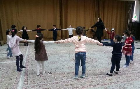 همکاری کانون با استانداری آذربایجان شرقی در برگزاری دوره مهارتهای زندگی