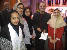 اجرای برنامه توسط اعضای کانون پرورش فکری کودکان و نوجوانان در طرح «چهل قلم» شهرکرد