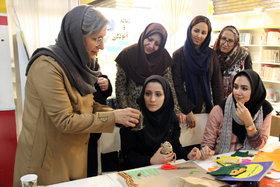 اولین کارگاه تولید کتابهای حسی و لمسی کانون تهران