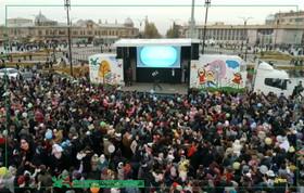 تماشاخانه سیار کانون دهه فجر را جشن میگیرد