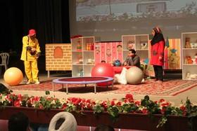 همکاری کانون قزوین با همایش نقش بازی در یادگیری کودکان