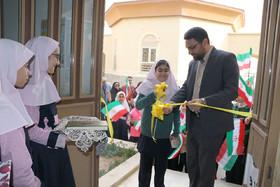 آیین گشایش نمایشگاه چهل رویش و برگزاری جشن بزرگ انقلاب در کانون سمنان
