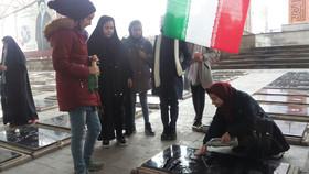 ادای احترام کودکان و نوجوانان در تبریز و چاراویماق به مقام والای شهیدان