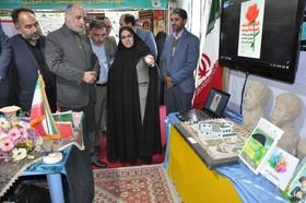 بازدید مسئولان استانی خراسان جنوبی از نمایشگاه دستاوردهای چهل ساله انقلاب کانون