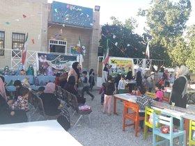نمایشگاه عروسکهای بومی و بازیهای محلی در بستک
