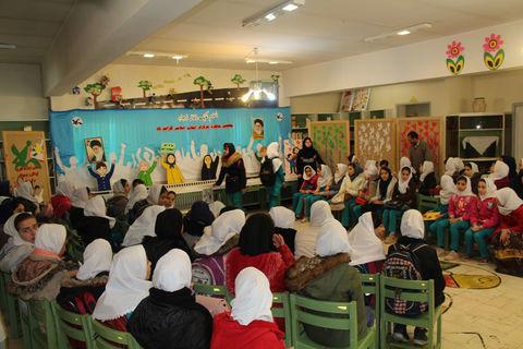 استقبال پرشور کودکان و نوجوانان از برنامههای کانون در ایام ا... دههی فجر