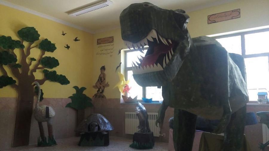 درخشش اعضای کانون پرورش فکری یزد در دوسالانهی هنرهای تجسمی آفرینش
