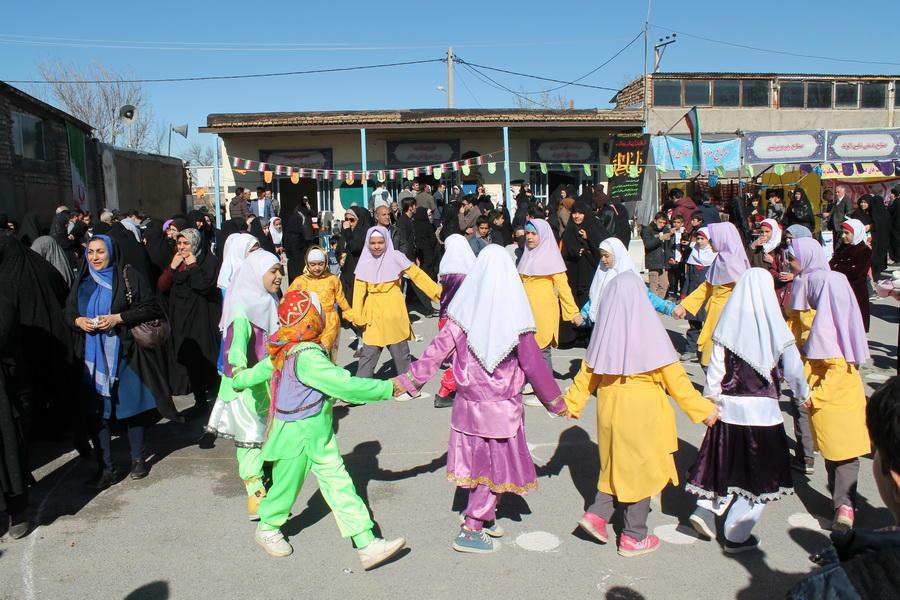حضور  اعضای کانون در جشنواره بازیهای بومی و محلی همدان
