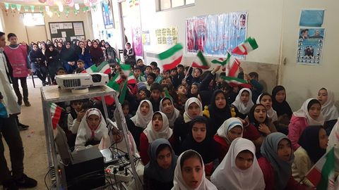 ویژهبرنامههای چهلمین سالگرد پیروزی انقلاب اسلامی در مراکز کانون آذربایجان شرقی (۳)